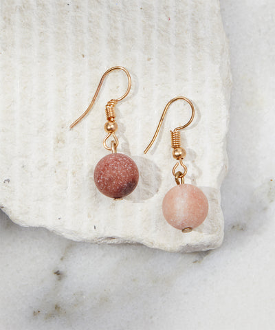 Gold natural cut agate beaded stone drop earrings pink fuchsia