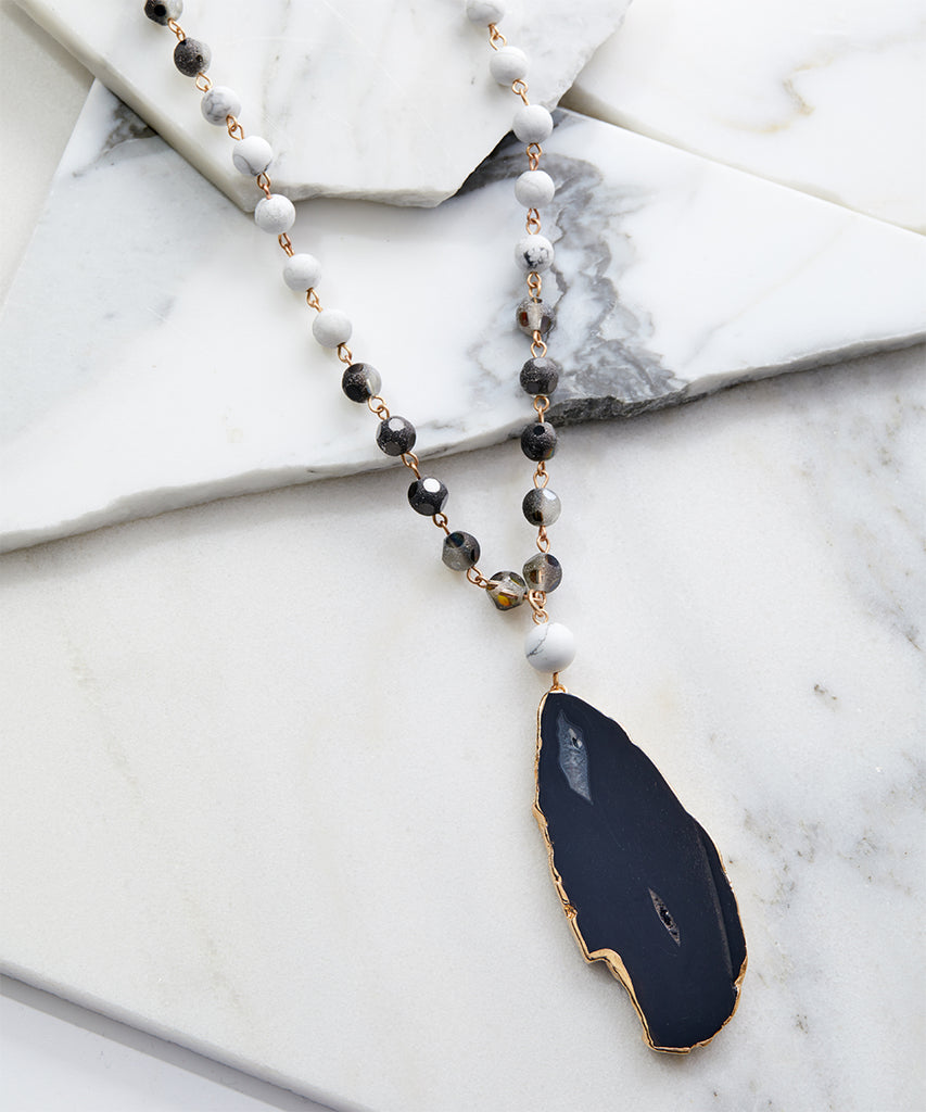 SALE Natural Cut Black Agate Beaded Stone Necklace