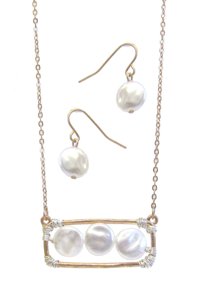 Multi- Color Mop Link Freshwater Pearl Wrap Pendant Necklace Set with matching Freashwater Pearl Earrings