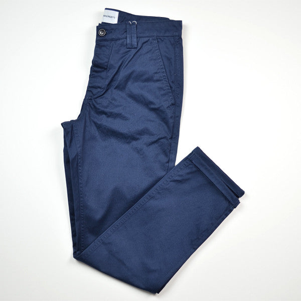 Norse Projects – Aros Heavy Chino – Navy
