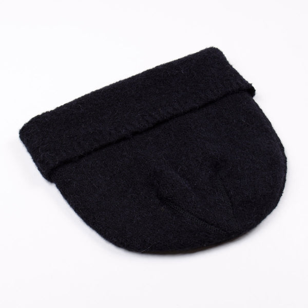 b2f79b400 Our Legacy - Knitted Hat - Black Needled