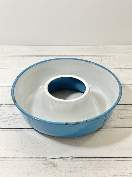 Danish Blue Vintage Enamel Cake Bundt Mould Shabby Chic Kitchenalia 1950s