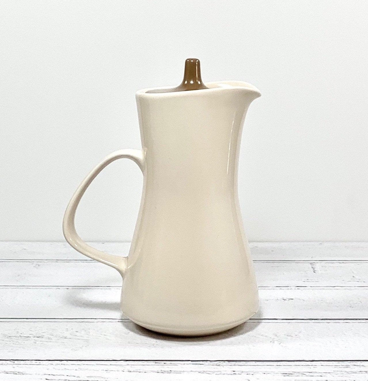 Poole Pottery Small Coffee Pot Water Jug British English 1960s Twintone - Scandiwegians