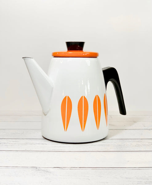 Cathrine Holm Lotus Vintage Enamel Coffee Pot White & Light Orange 1960s Norwegian Design