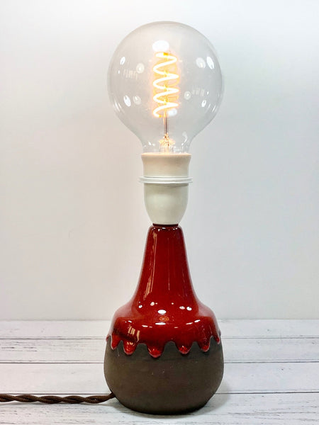 Vintage Red Ceramic Table Lamp Bedside Light Retro 1960s - Scandiwegians