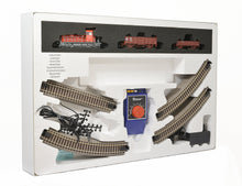 Load image into Gallery viewer, ROCO Analog Starter Set with Freight train