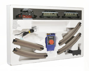 Roco Analog Starter Set with Passenger Train