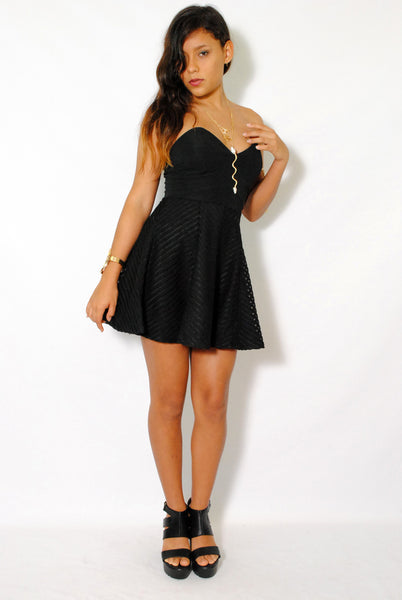 (amd) Sweetheart strapless fit & flare black dress - L.A. Roxx - 3