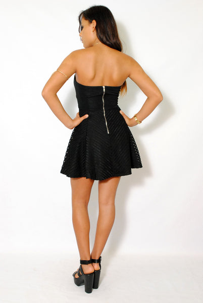(amd) Sweetheart strapless fit & flare black dress - L.A. Roxx - 2