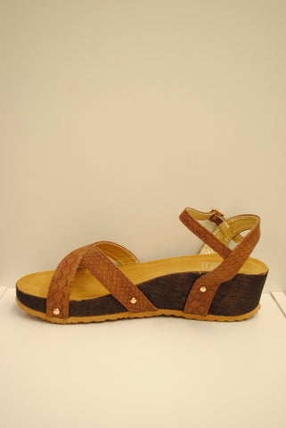 (ams) Crossed straps slip on tan wedge sandals