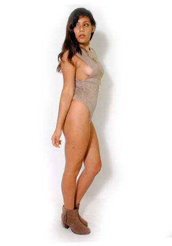 (alw) Side less suede beige bodysuit
