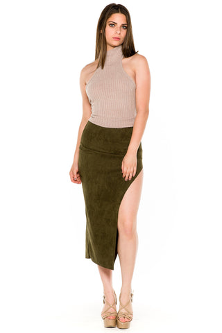 (akw) Turtle neck knit crop sleeveless top -Beige-