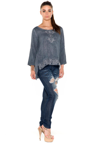 (ala) Embroidered hi-lo long sleeves blouse acid wash -Navy-