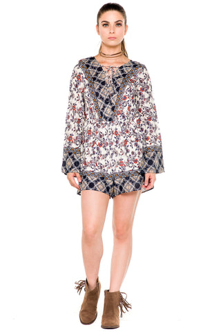 (akz) Laced up long bell sleeves floral print romper