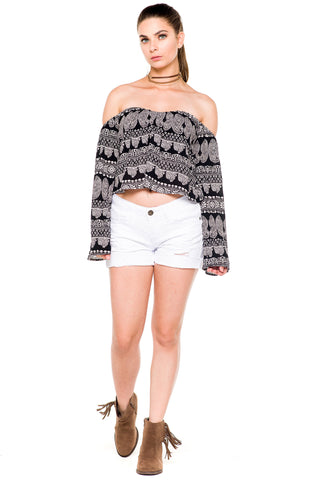 (akz) Paisley off-the-shoulder crop flare top
