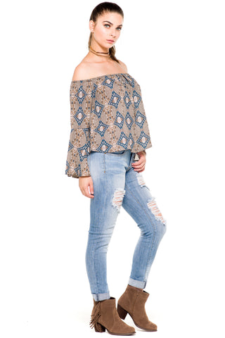 (akz) Printed off the shoulder loose fit top -Mocha-