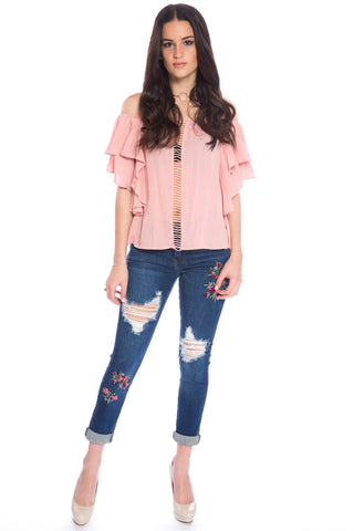 (aku) Off the shoulder ruffle top -Pink-