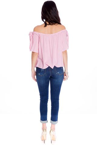 (aku) Thin striped off the shoulder top -Pink-