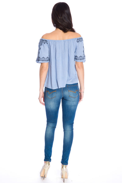 (aku) Embroidered off the shoulder top -Blue-