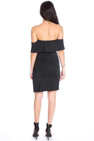 (aku) Off the shoulder ruffle top black dress