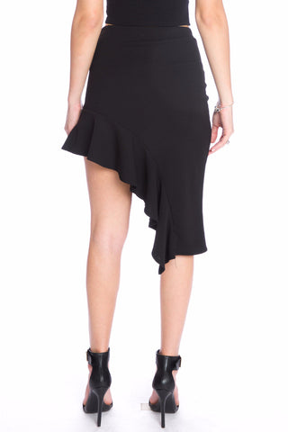 (aku) Asymmetrical hem ruffle fitted short skirt