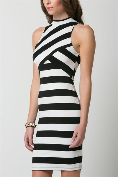 (amq) High neck black and white striped dress - L.A. Roxx - 5
