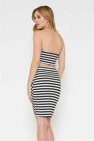 (ami) Black and white stripes plunge crop bustier