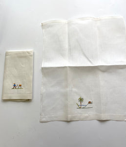 Set of embroidered napkins