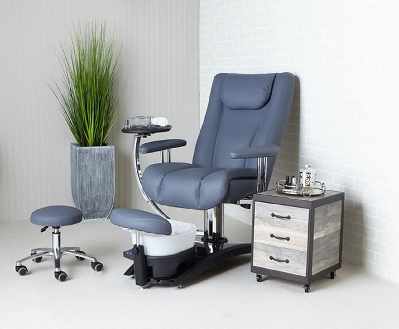 Belava Embrace Pedicure Chair Custom Colors (No Plumbing)