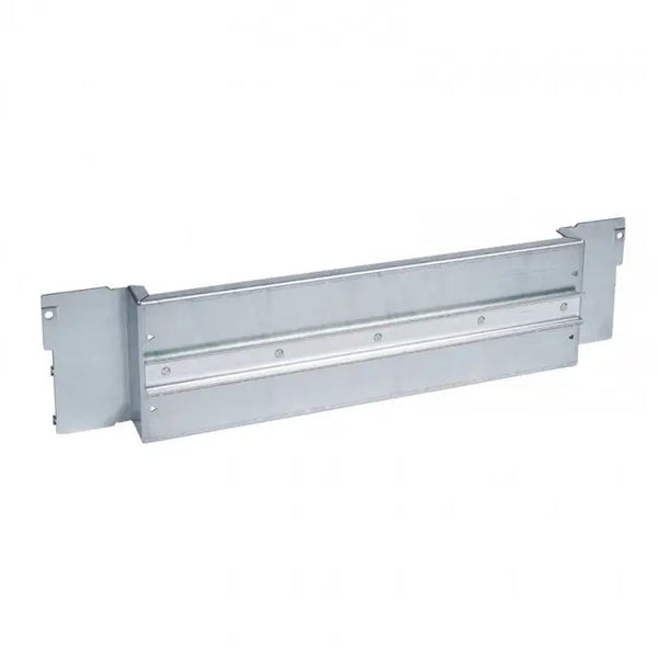 Mounting plate for distribution board