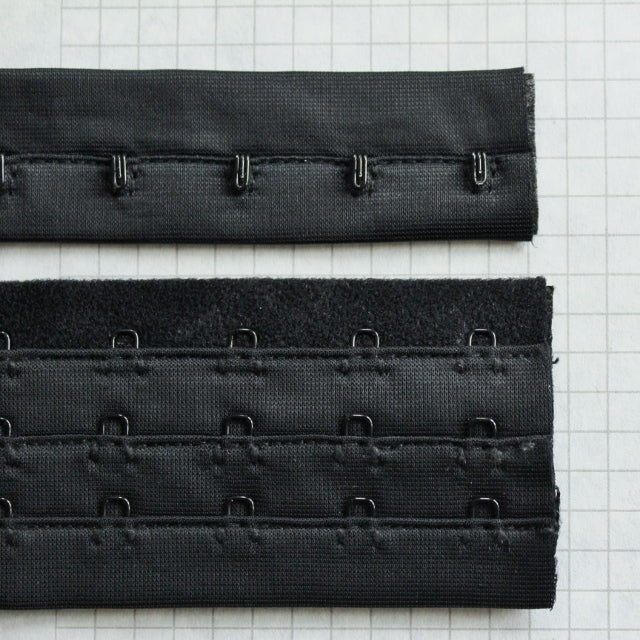 Hook & Eye tape w 3 rows of Eyes BLACK