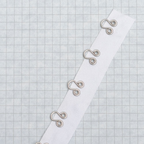 706 Eye tape riveted white