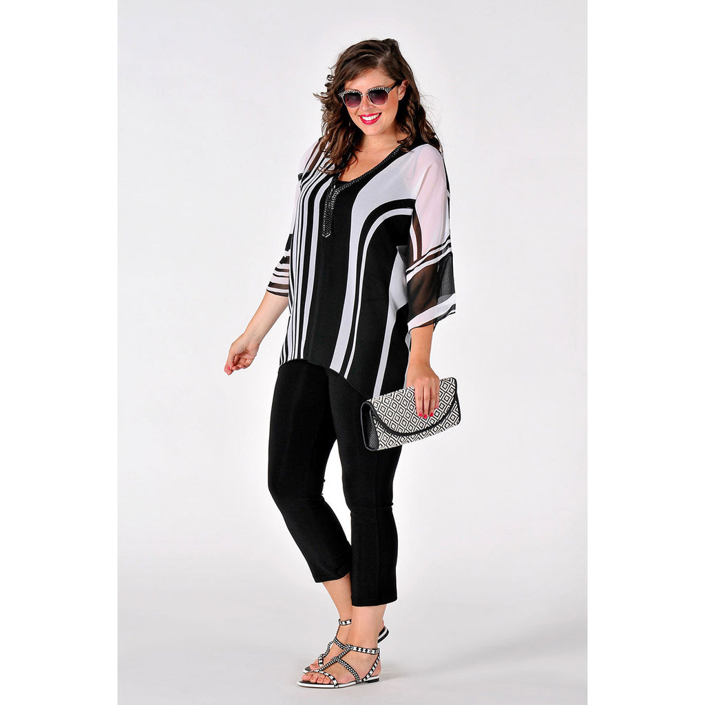 Yoek Tunic Pointy Bottom Graphic