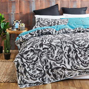 Mambo Coast To Street Duvet Cover Set