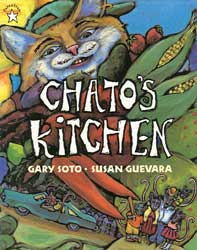 Chato's Kitchen English Paperback Book