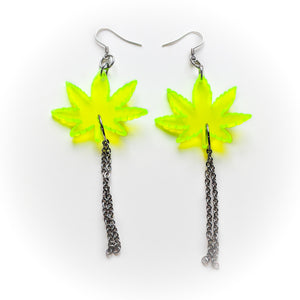 Green crack earrings