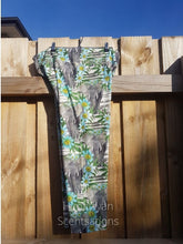 Load image into Gallery viewer, Floral Elephant Leggings