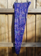 Load image into Gallery viewer, Purple Owl Leggings