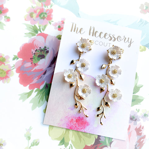 Harper Earrings - Tiny Flower Top