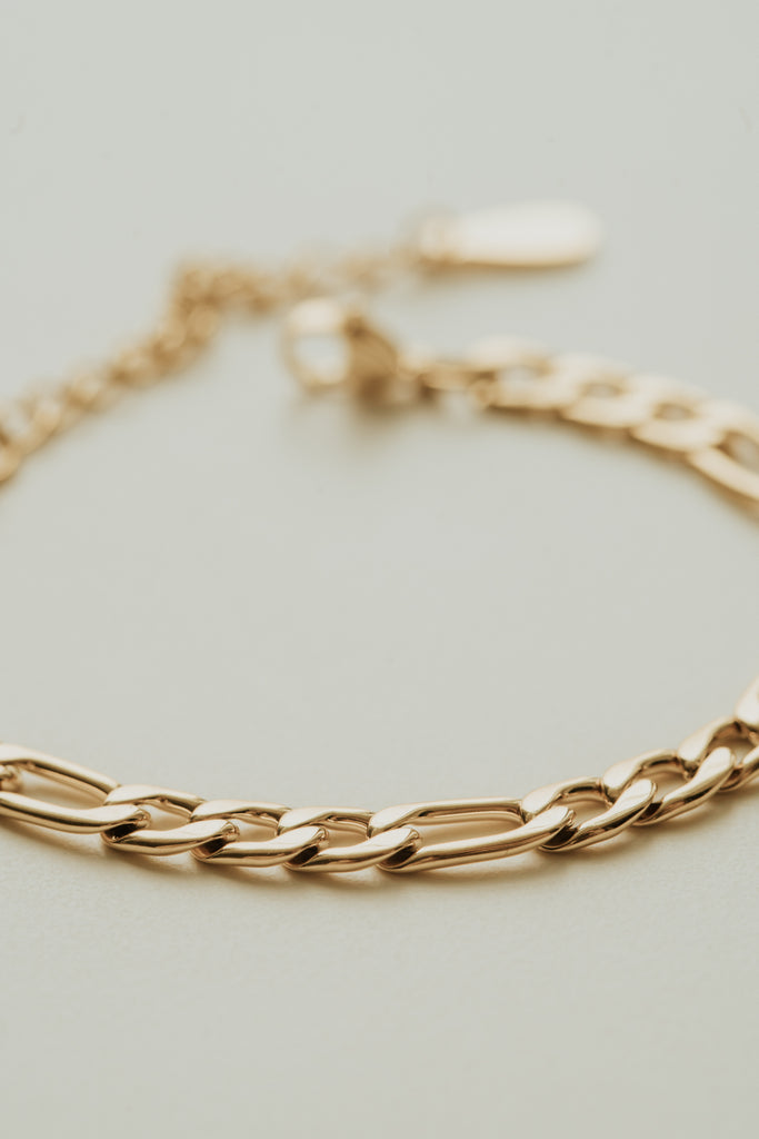 Essentials Figaro Bracelet 6mm