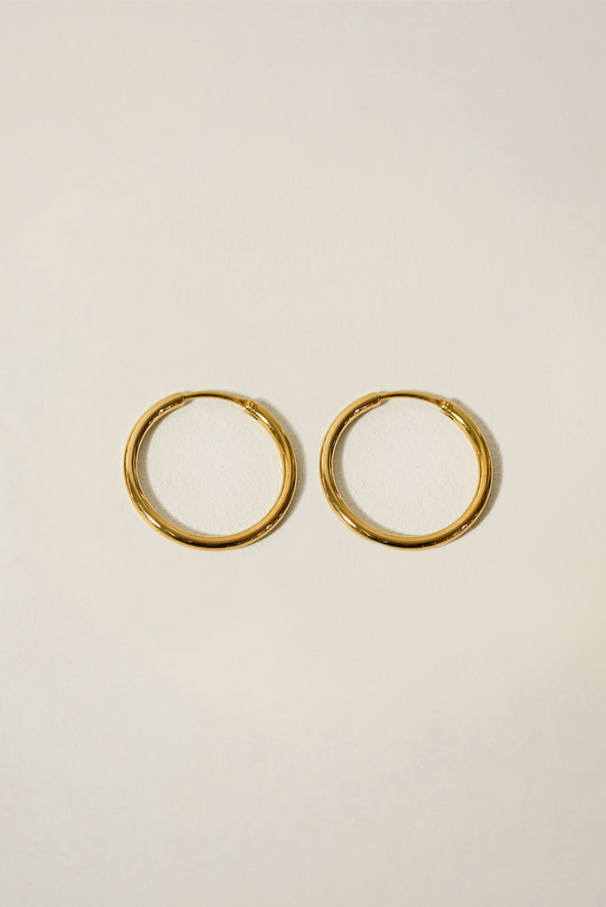 Essentials Seamless Hoop Earrings 24mm