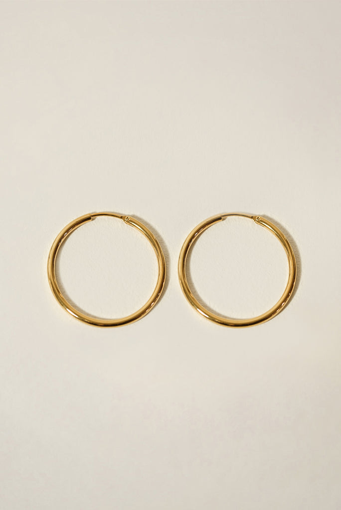 Essentials Seamless Hoop Earrings 30mm