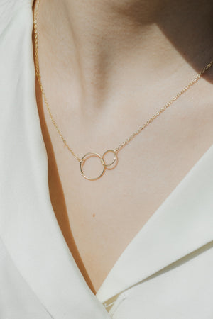 Bond Interlocking Circles Necklace