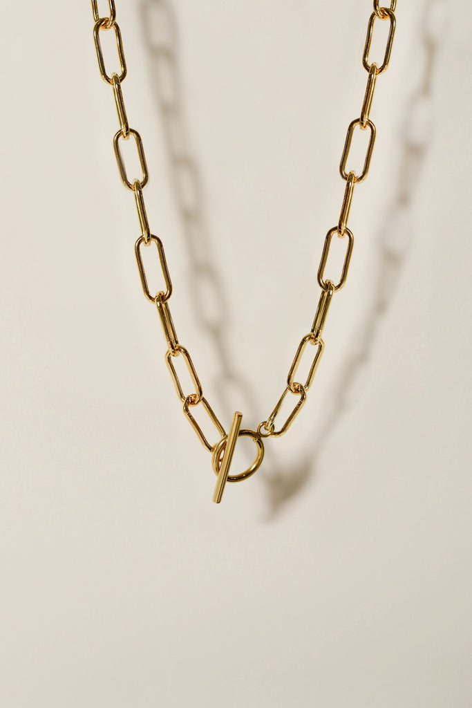 Heirloom Paperclip Toggle Necklace