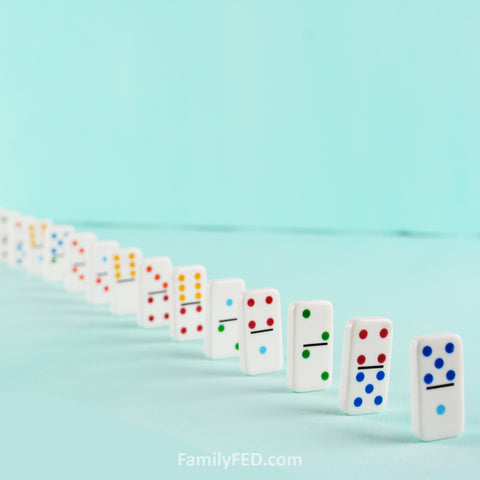 Form dominoes into a long chain