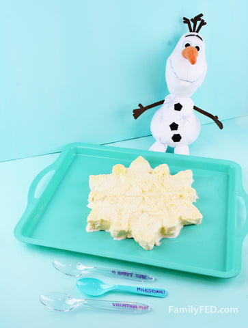 Frozen 2 party dessert idea, turning ice cream into a snowflake mold
