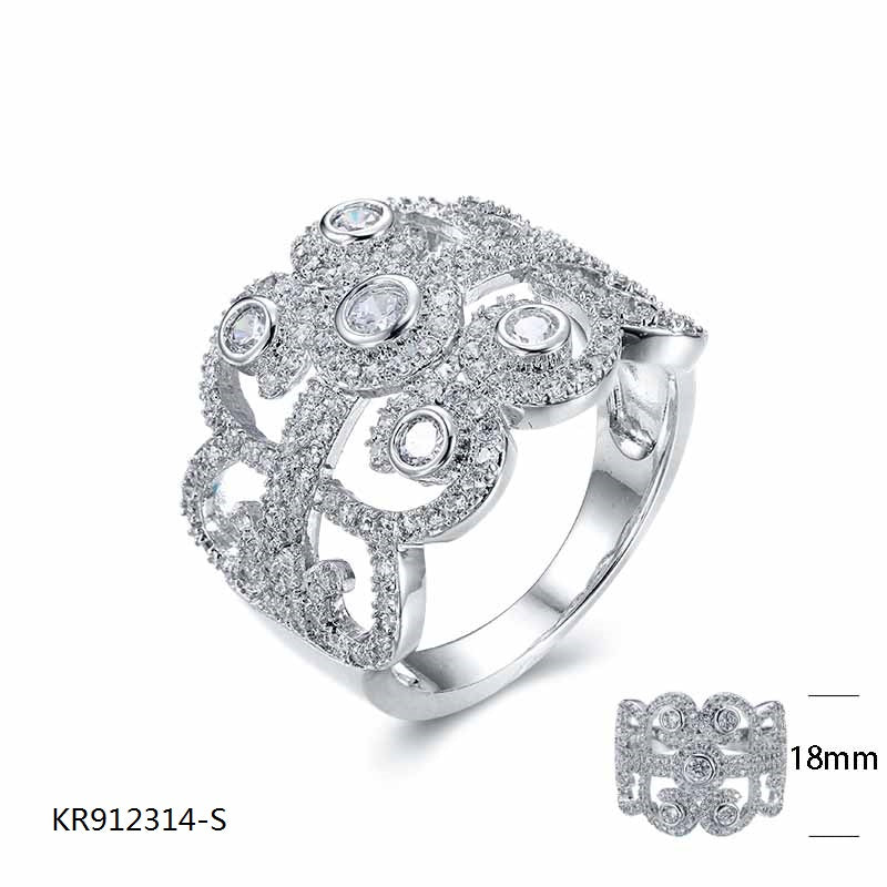 Cubic Zirconia Stones Vantage Ring in Sterling Silver for Wedding