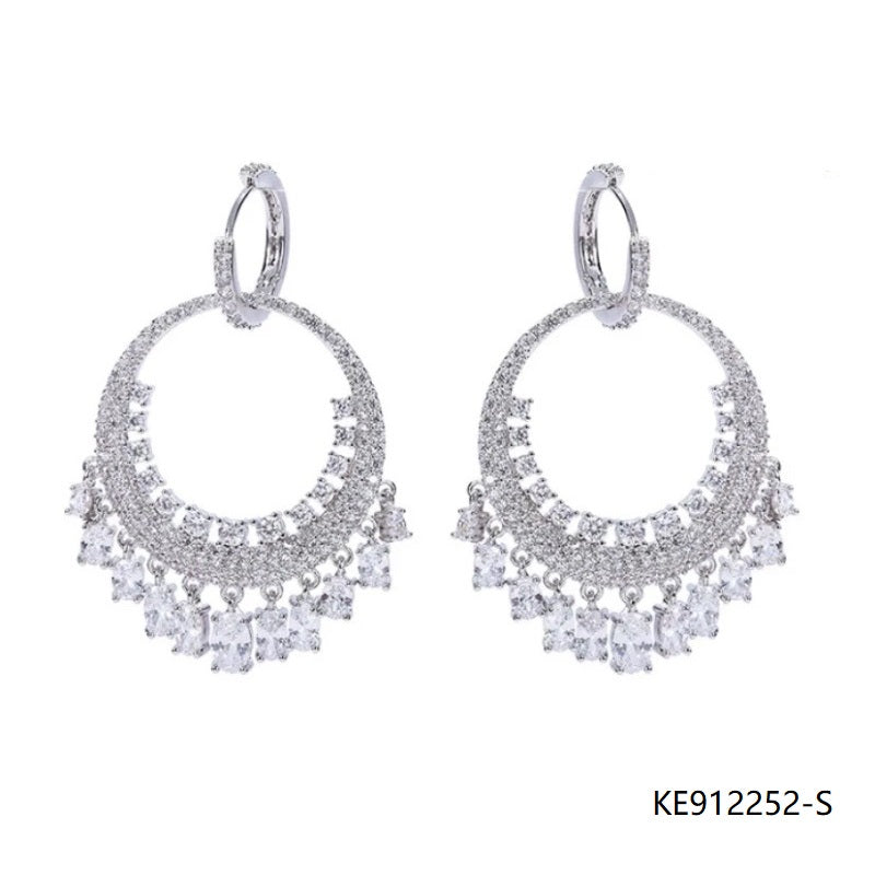 Deluxe Oval Cubic Zirconia Chandelier Drop Earrings in Sterling Silver