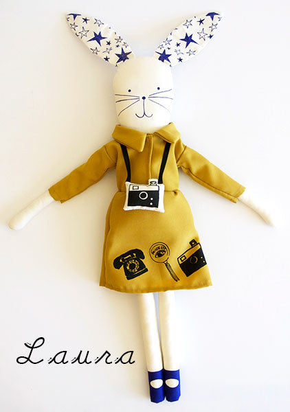 LAURA doll by MikoDesign.