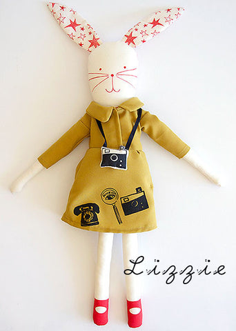 LIZZIE doll by MikoDesign.